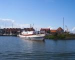 Viajes guiados en barco y bici