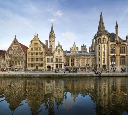 Bruselas a Brujas en barco-bici: Gante
