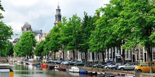 Llegada Ámsterdam, ruta en bici a Uithoorn (20 km)