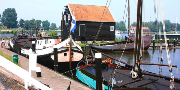 Hoorn – Enkhuizen – Medemblik (44 km)