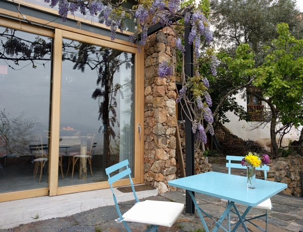 Terraza Casa de los Vientos, Yegen