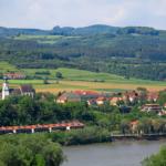 Schärding-Feldkirchen (alrededores), unos 52 km en bici y 39km en barco