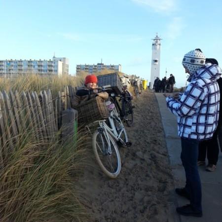 Samuel y faro de Noordwijk. Holanda