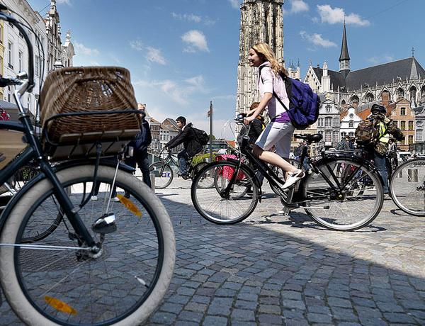 Belgica_Bicicletas-en-Mechelen