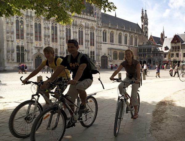 Belgica_Brujas_ciclistas