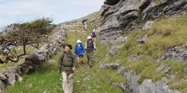 Irlanda: Senderismo por Connemara, las Islas Aran & el Burren (guiado)
