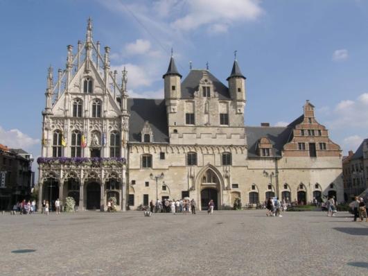 Bruselas a Brujas en barco-bici: Mechelen