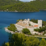 Día 2: Islas de Šipan y Mljet (aprox. 11 km + 25 km)