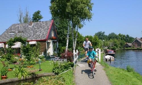 Con niños en bici por el sur de Holanda