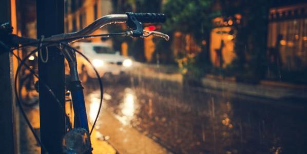 Qué hacer si llueve durante mi viaje en bicicleta