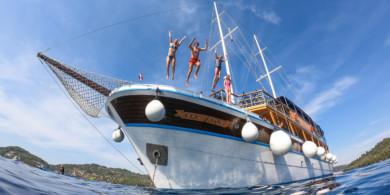 Croacia en barco y bici este verano